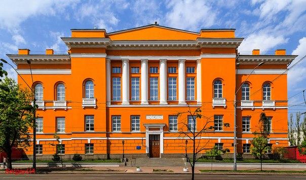 вул. Володимирська, 58