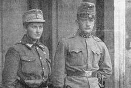 Олена та її брат Ананій